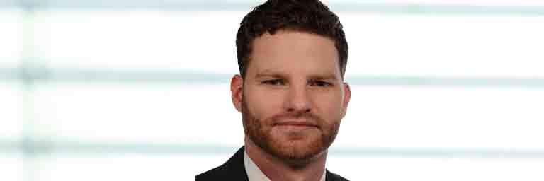 Peter Thalhauser ist Rechtsanwalt und Wirtschaftsrechtler bei HML Holtz in München